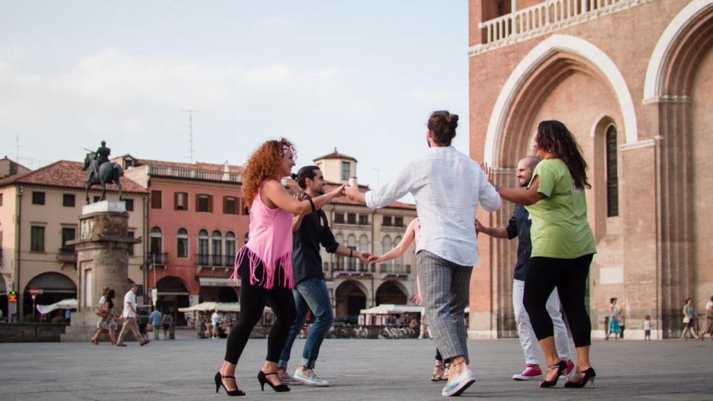 Orari dei corsi di salsa a Padova